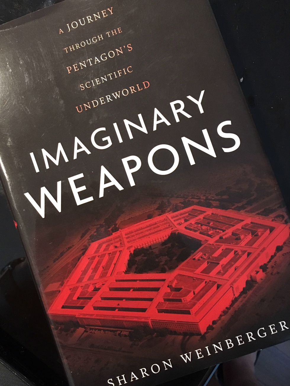 capa de Imaginary Weapons